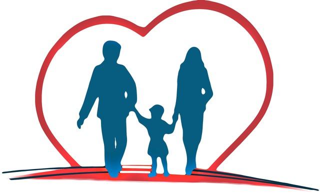 Logo rodzina w czerwonym sercu